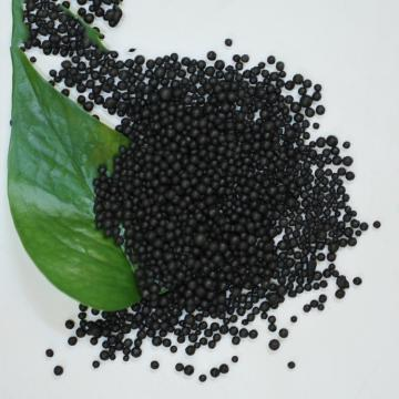 100% Water Soluble Liquid Kelp Seaweed Extract Fertilizer Spray Application